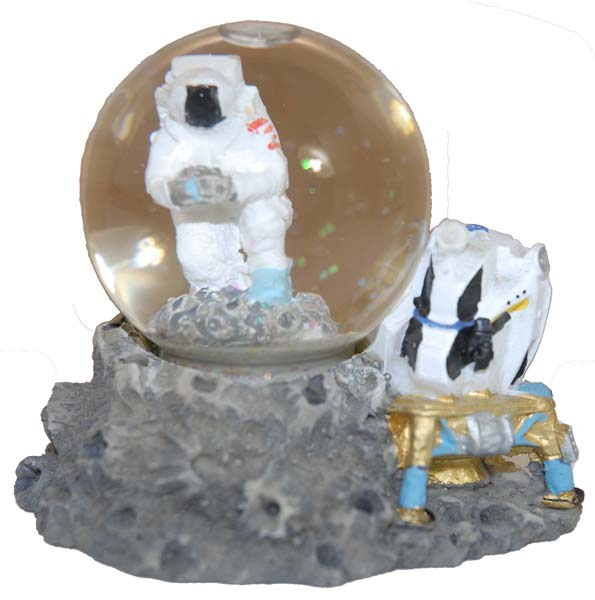Astronaut on Moon Waterball,H1191-00